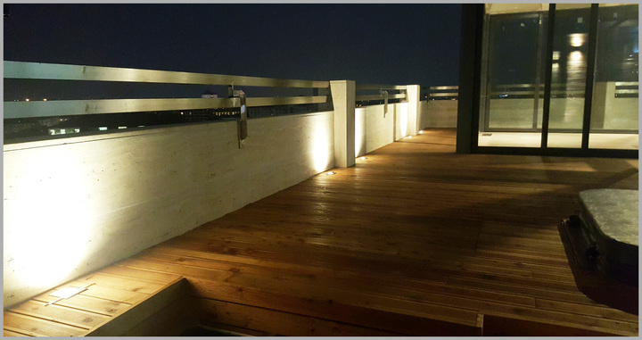 New terrace with Woodeck!