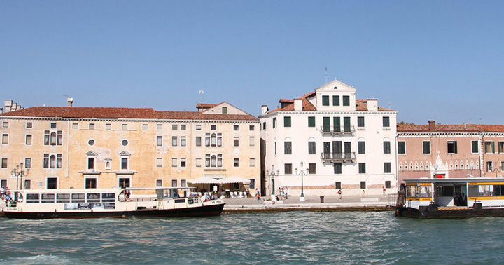 Acustica's products in a new luxury hotel in Venice
